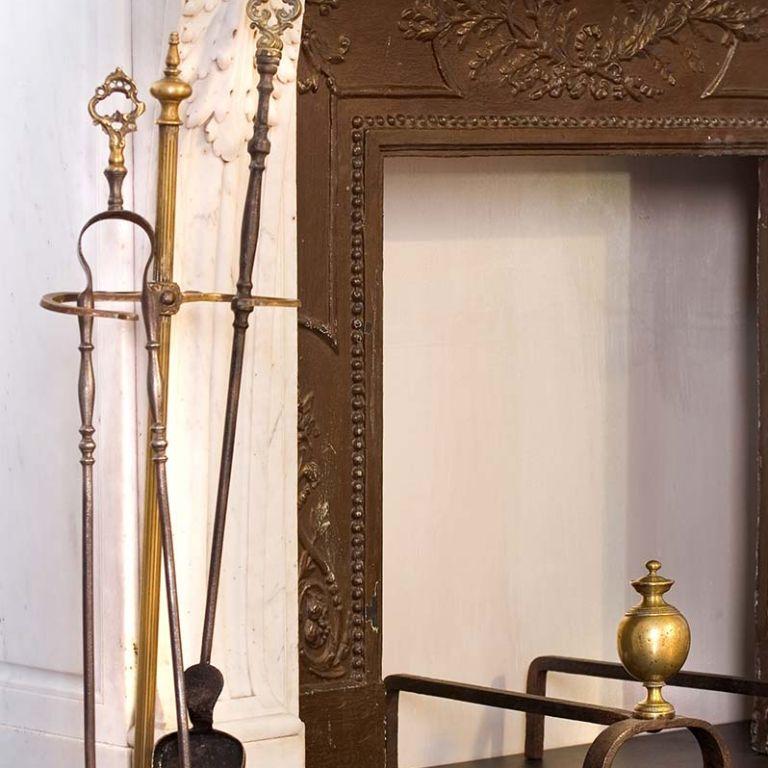 Accessori per camini antichi e moderni toppino home design for Accessori moderni per la casa